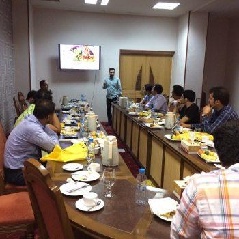 جلسه همکاران و معرفی محصول جدید
